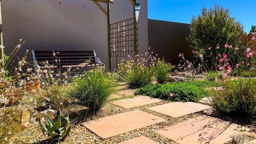 House Watt Rose Buchanan Landscape design